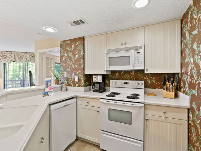3331 Villamare - Kitchen