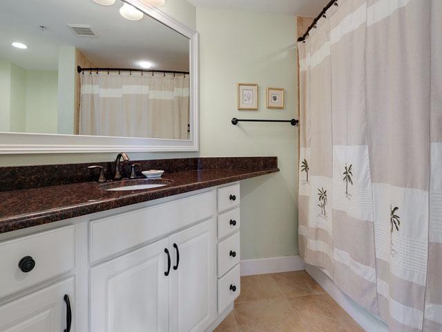 Windsor Court 3107- Bathroom 1
