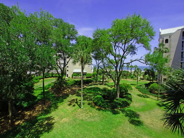 4201 Windsor Court - View