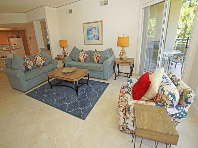 Windsor Court 4201- Living Room