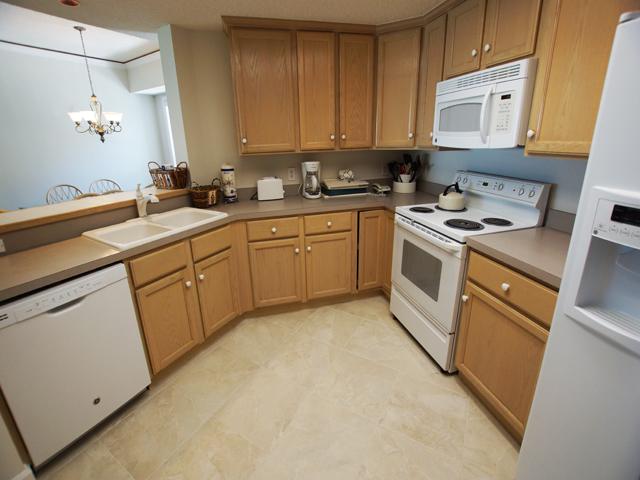 4201 Windsor Court - Kitchen