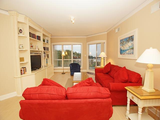 4502 Windsor Court - living room