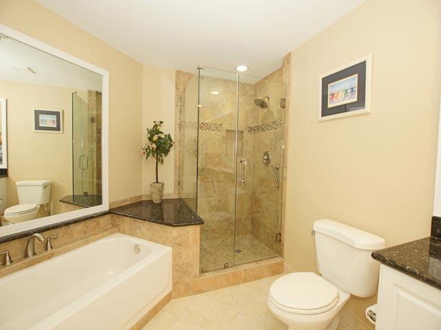 4502 Windsor Court - Master Bathroom