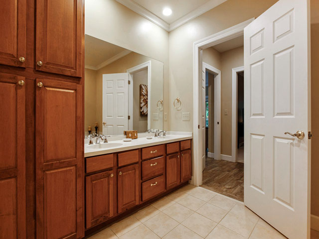 8106 Wendover - Bathroom 1