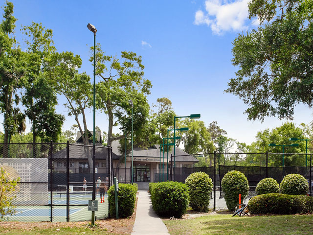 8106 Wendover - Tennis Center