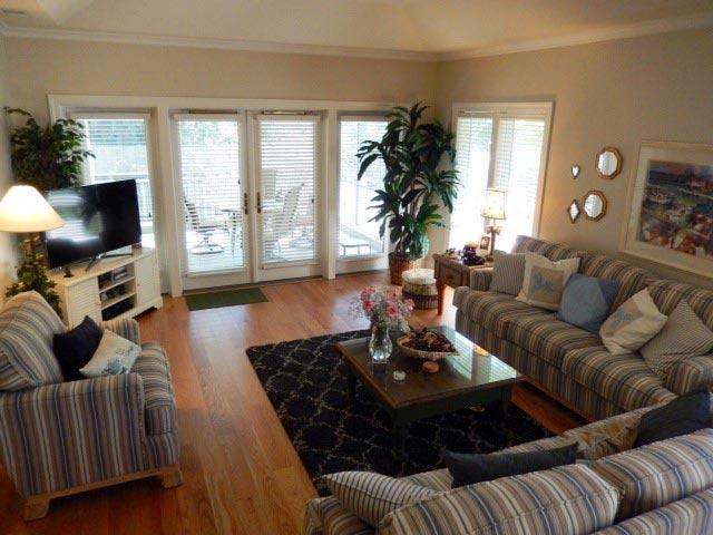 8120 Wendover Dunes - Living Room