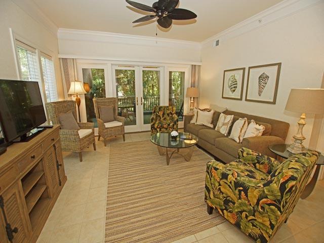 8121 Wendover Dunes - Living Room