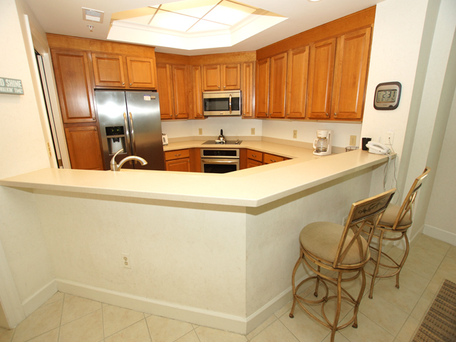 8121 Wendover Dunes - Kitchen