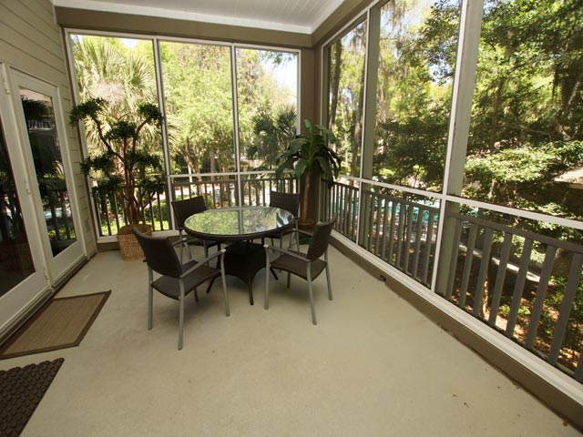 8121 Wendover Dunes - Screened in porch