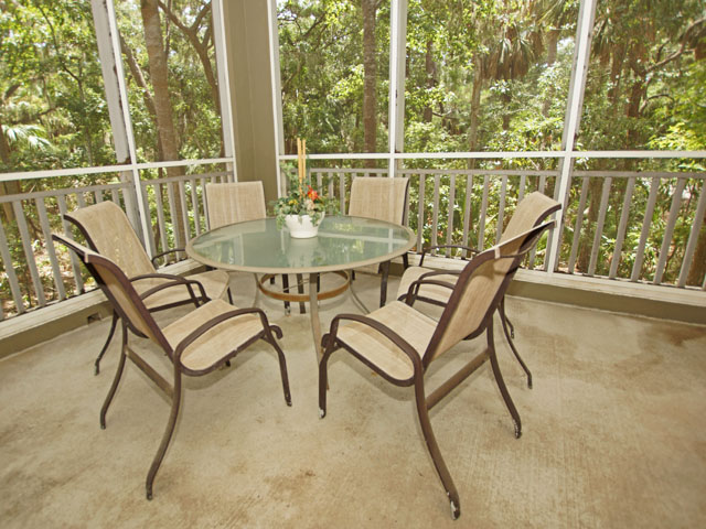8129 Wendover Dunes- Private Porch Seating