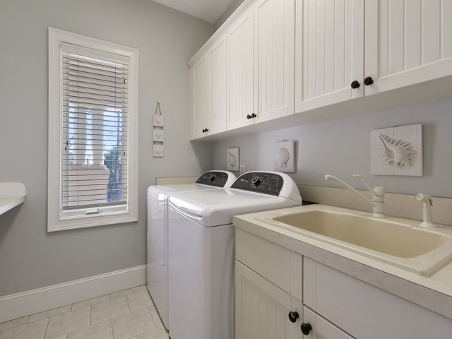 7 Brigantine - laundry room