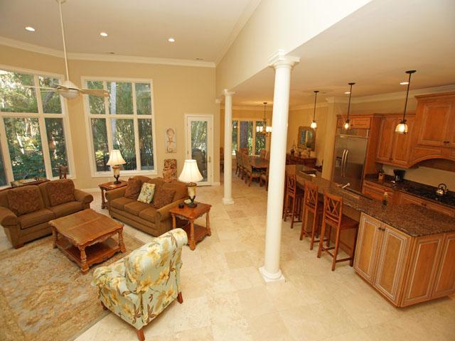 7 Sandhill Crane - Kitchen and Living Room