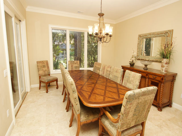 7 Sandhill Crane - Dining Room
