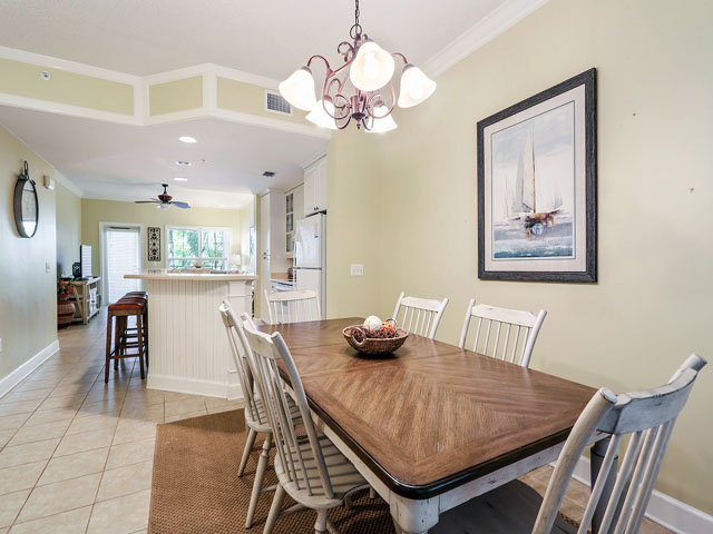 102 North Shore- Kitchen table