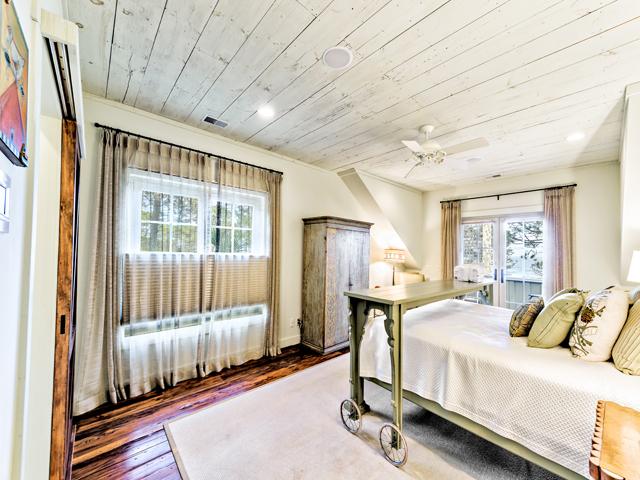 17 Spotted Sandpiper - Bedroom