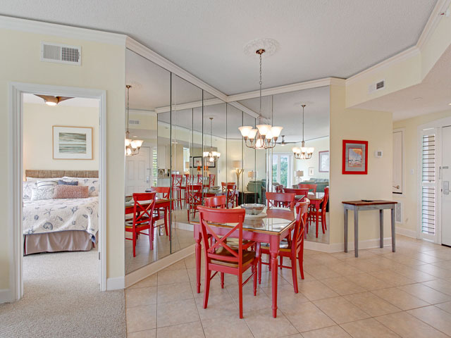 505 Windsor Place - Dining Area
