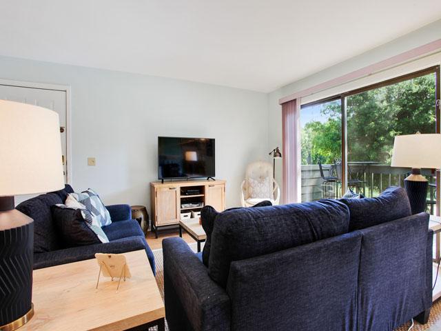 2365 Racquet Club - Living Room