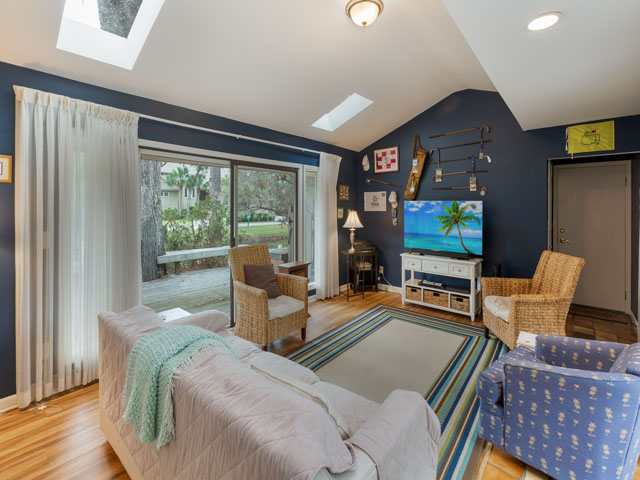 91 Baynard Cove - Family room