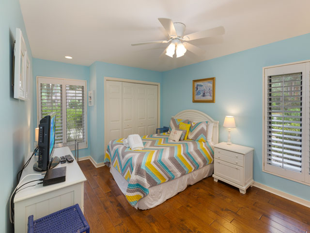 91 Baynard Cove - Guest Bedroom