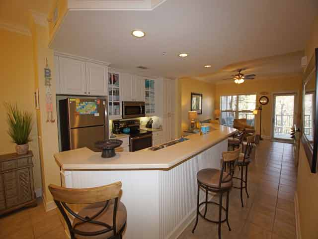 307 North Shore - Kitchen