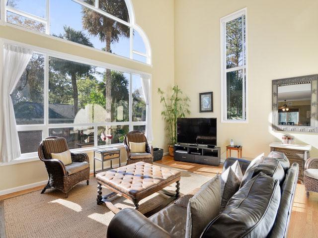 3 Cassina - Living Room