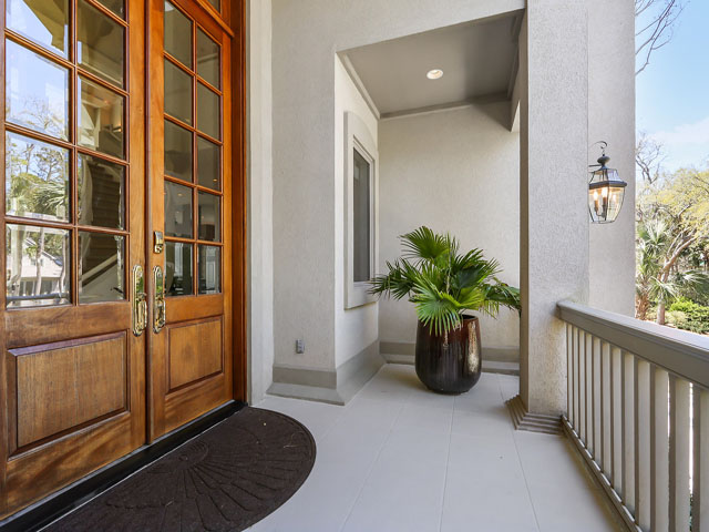 14 Armada - Front porch/ Entry