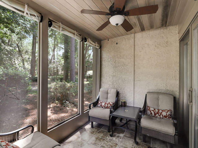544 Plantation Club - Screened Porch