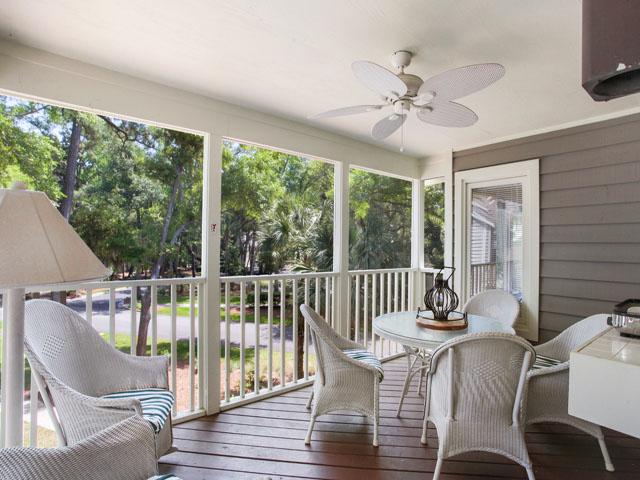 Huntington 7647- Porch