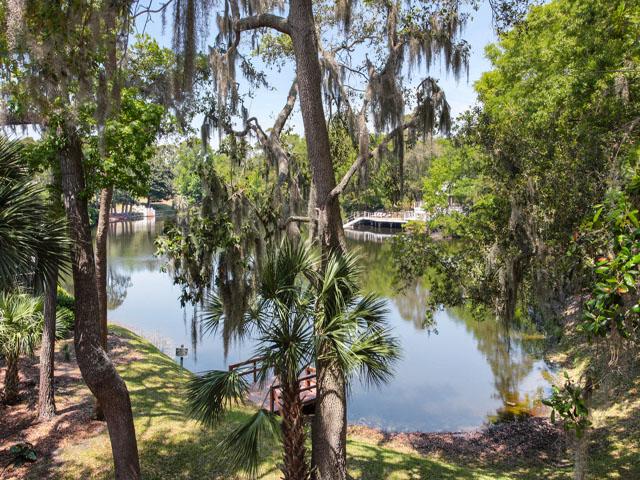 Huntington 7647- Lagoon