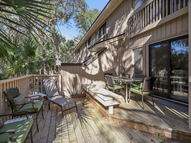 107 Beachwalk - Back deck