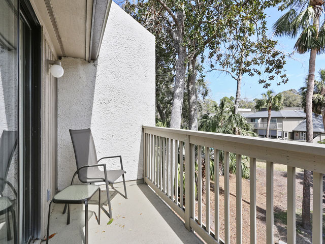 704 Tennismaster - Bedroom Balcony