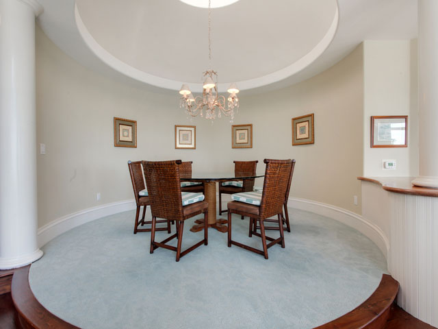 11 Iron Clad - Dining room