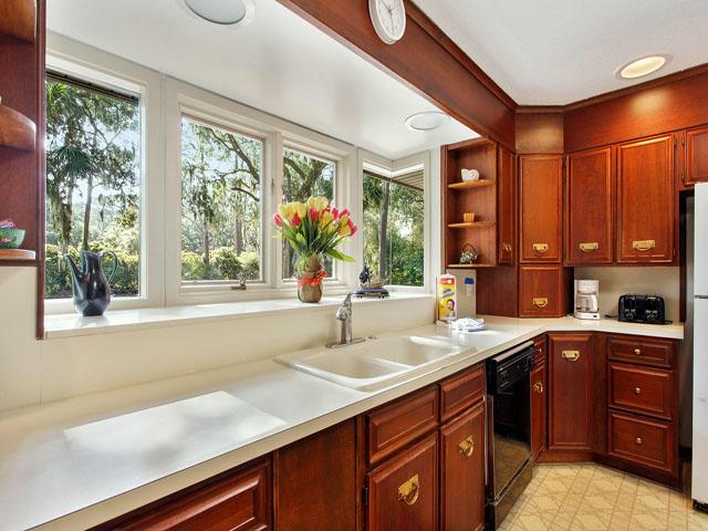 89 Baynard Cove - Kitchen
