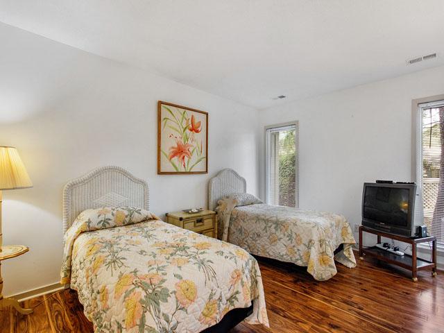 89 Baynard Cove - Twin Bedroom