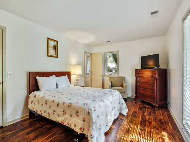 89 Baynard Cove - Third Bedroom