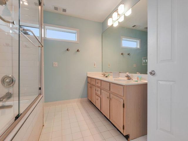 30 Sandpiper - Bathroom 3