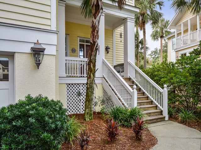 30 Sandpiper - Front of home