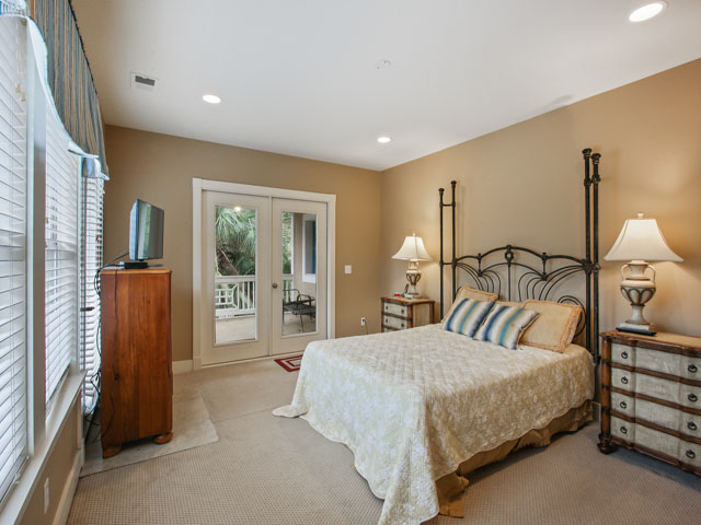 48 North Forest Beach - Bedroom 2