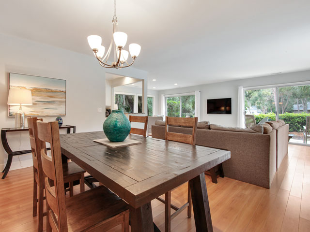 46 Plantation Drive - Kitchen Table