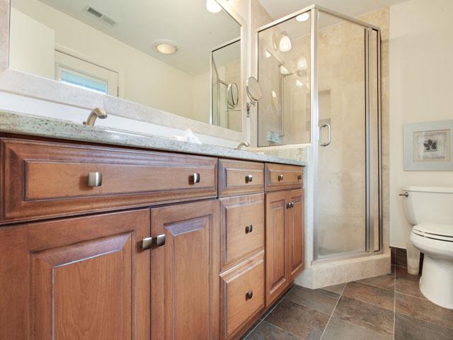 46 Plantation Drive - Bathroom 2