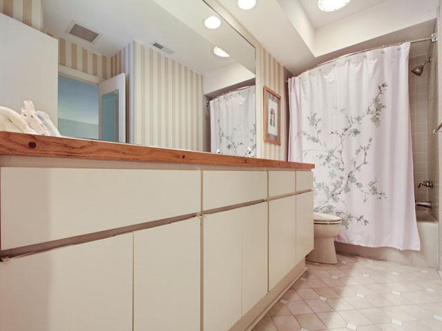 46 Plantation Drive - Bathroom 3