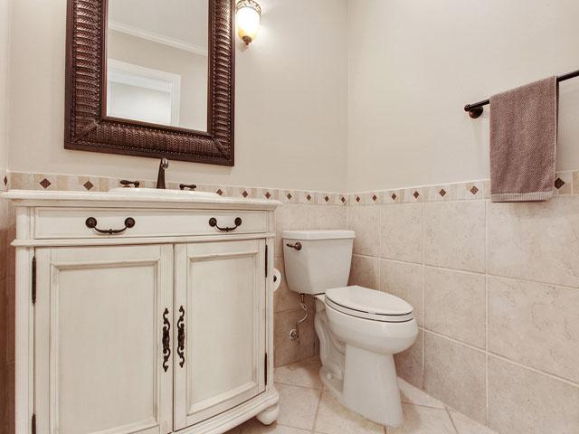 Gloucester 67- Bathroom 3