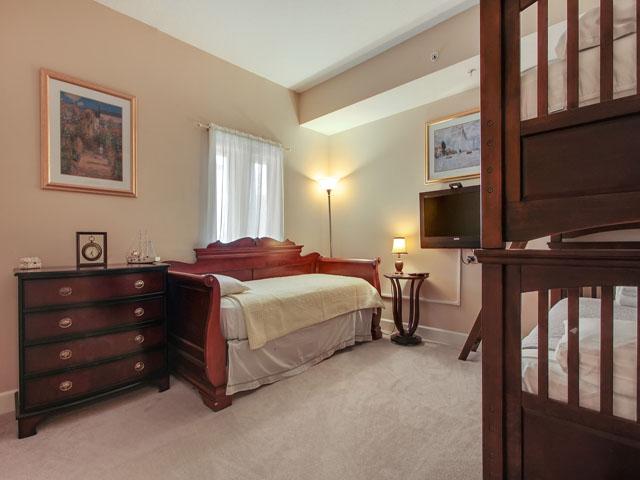 205 Main Sail- Bedroom 3