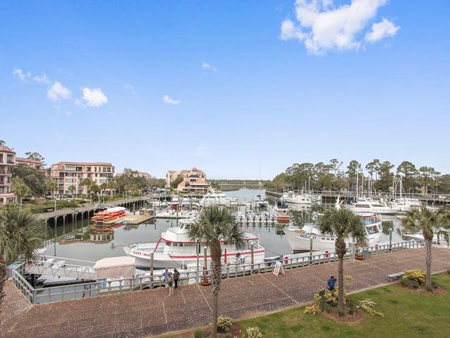 205 Main Sail- Harbour view