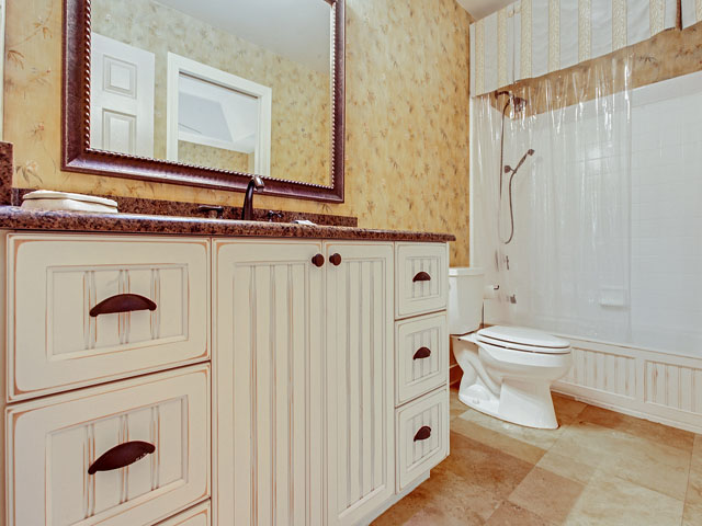 9 Full Sweep -Bathroom 2