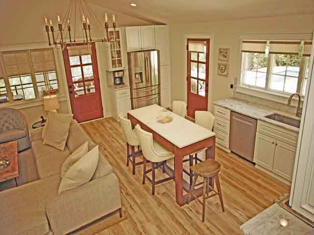 2 Laurel - Living Room