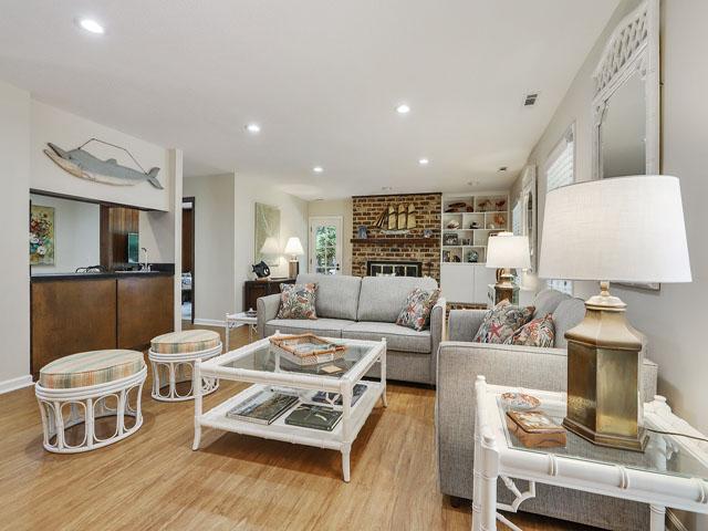 49 South Beach Lane - Sitting area
