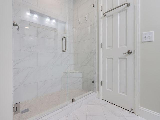 49 South Beach Lane - Master shower