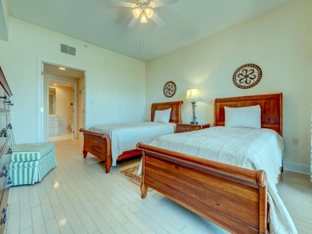 5107 Hampton Place - Guest Bedroom