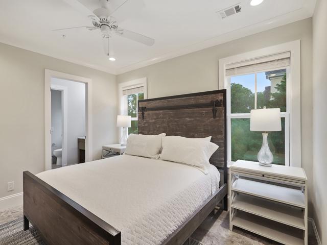 Bedroom 4 King